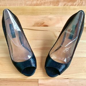 Ann Taylor Peep-Toe Textured Black Leather Heels 7